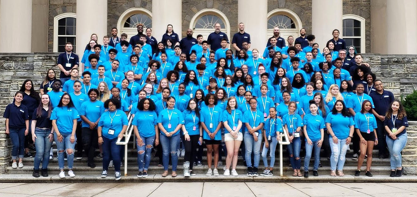 UBP Student Group photo in front of Old Main